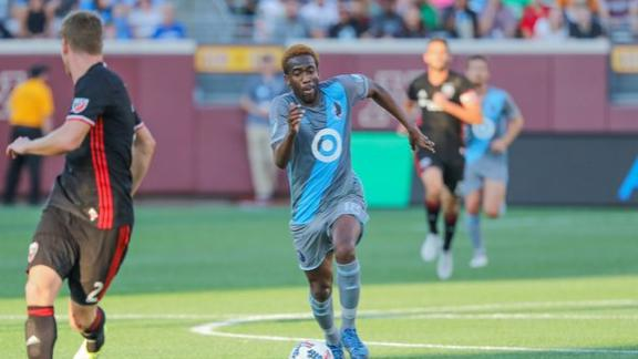 Minnesota 4-0 D.C. United: Loons soar at home