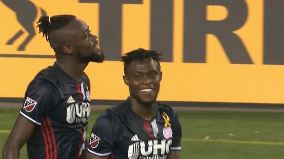 New England 2-1 Toronto: Kamara leaves it late