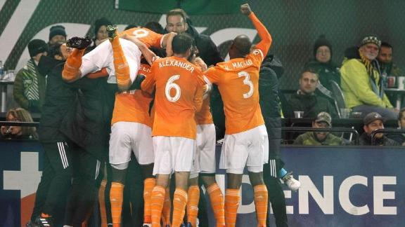 Portland 1-2 Houston: Dynamo move on