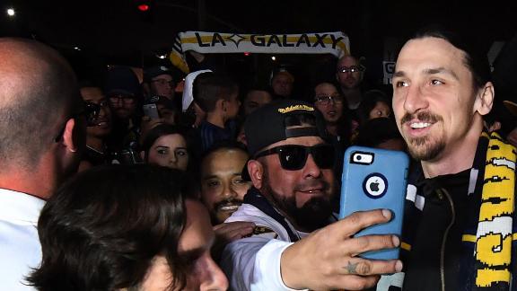 http://a.espncdn.com/media/motion/ESPNi/2018/0330/int_180330_Ibrahimovic_arrives_in_LA/int_180330_Ibrahimovic_arrives_in_LA.jpg