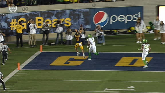 Webb makes it four passing TDs in the first half for Cal