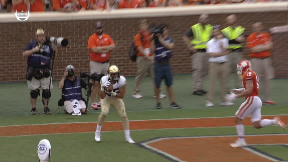 Serigne gets open for Wake Forest TD