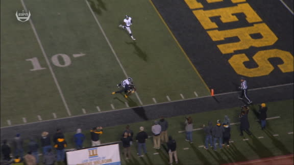 Lamb puts Mountaineers in red zone with big pass