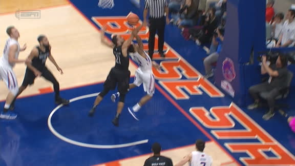 Boise State's Williams sinks tricky layup