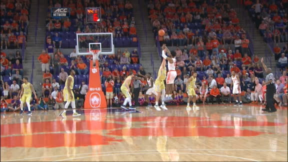 Clemson's DeVoe drills a 3-pointer