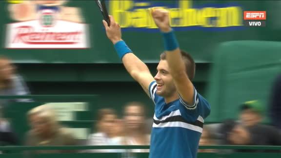 Batacazo en la final de Halle: Coric bajó a Federer y gritó campeón
