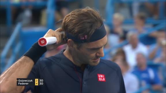 Otra merecida ovación para Federer
