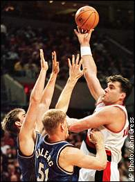 Arvydas Sabonis gave the Blazers an inside presence once he finally