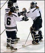 Yale hockey