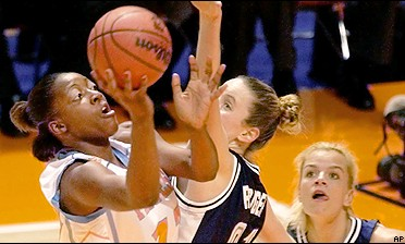 Gwen Jackson's 20 points led Tennessee past 'Nova and into the Final Four.