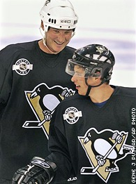 Mario Lemieux and Sidney Crosby