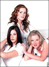 Kathleen Robertson, Gretchen Mol and Chyler Leigh