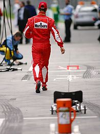 Schumacher alejándose