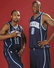 Dee Brown, Ronnie Brewer