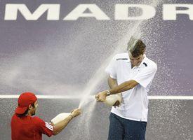 Fernando Gonzales and Roger Federer