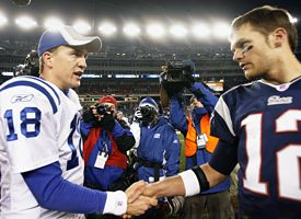 Tom Brady, right, and Peyton Manning