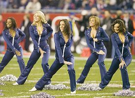 Patriots cheerleader