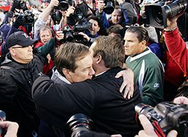 Eric Mangini (R) and Bill Belichick