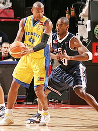 Kobe Bryant and Leandro Barbosa