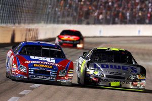 Matt Kenseth (L) and Jimmie Johnson (R)