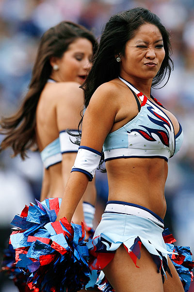 Titans Cheerleader