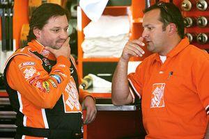 Greg Zipadelli and Tony Stewart