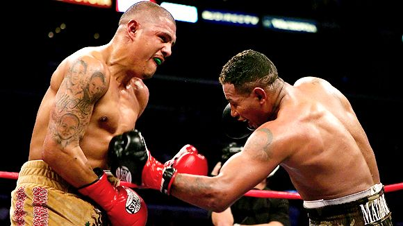 Fernando Vargas and Ricardo Mayorga