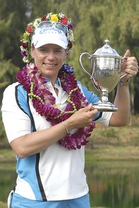Annika Sorenstam birdied two of the last three holes for a two-stroke victory.