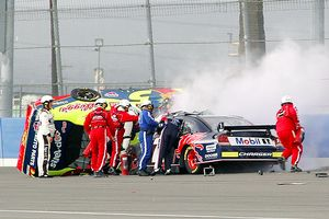 Sam Hornish jr and Casey Mears