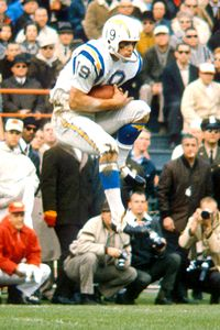 Lance Alworth Catching lance alworth catching Lance