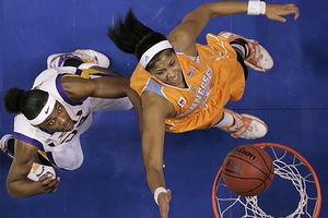 Candace Parker and Sylvia Fowles