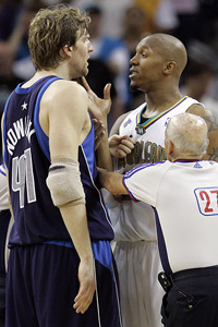 Dirk Nowitzki and David West