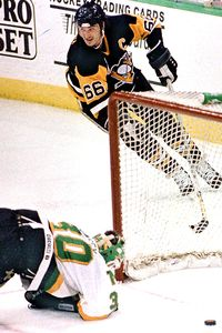 Penguins-North Stars: May 25, 1991