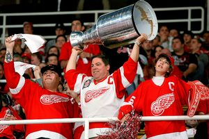 Red Wings fans