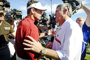 Bob Stoops & Mack Brown
