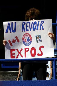 Expos fan sign