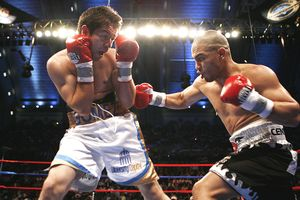 Miguel Cotto and Alphonso Gomez