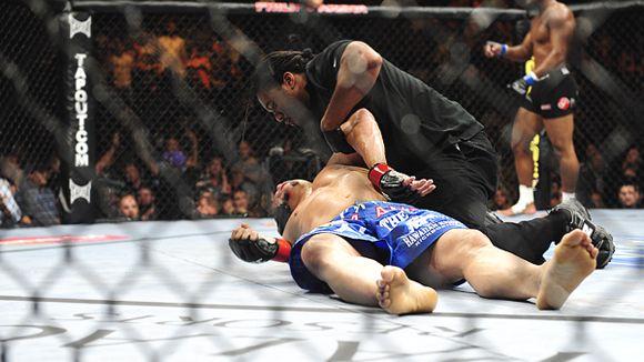 Chuck Liddell Rashad Evans UFC MMA