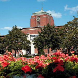 Le Moyne College