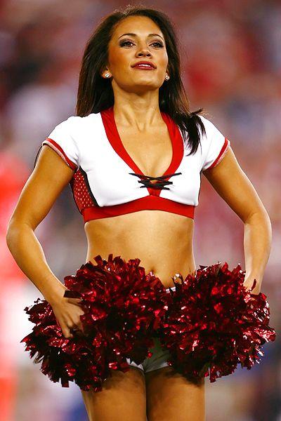 Arizona Cardinals cheerleader