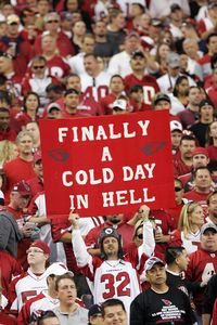 Cardinals fan sign