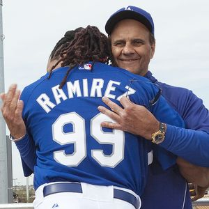 http://a.espncdn.com/photo/2009/0305/mlb_ap_torre_manny1_300.jpg