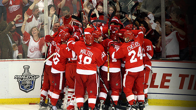 Red Wings Win