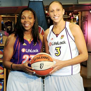 Cappie Pondexter and Diana Taurasi of the Phoenix Mercury