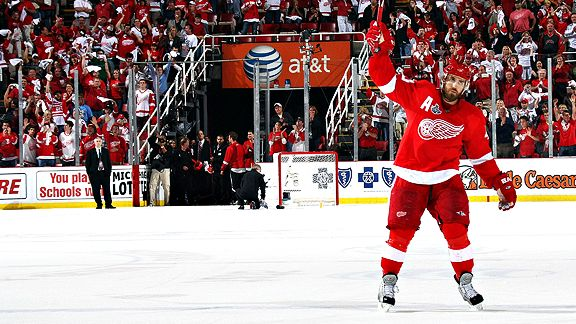 The Red Wings Hendrik Zetterberg, poised to take the cup in game 6.