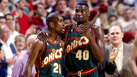 Gary Payton and Shawn Kemp in Sonics green