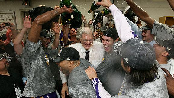 lakers celebrate championship