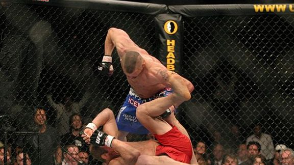 Chuck Liddell vs. Randy Couture