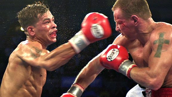 Arturo Gatti vs. Mickey Ward