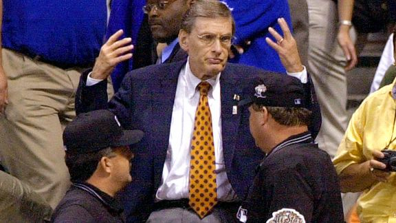 Bud Selig and underarm umps